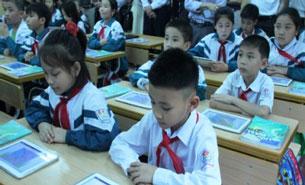 Ai sẽ có lợi khi học sinh tiểu học sử dụng máy tính bảng?