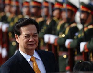 TT Nguyễn Tấn Dũng quan ngại năng suất lao động người VN
