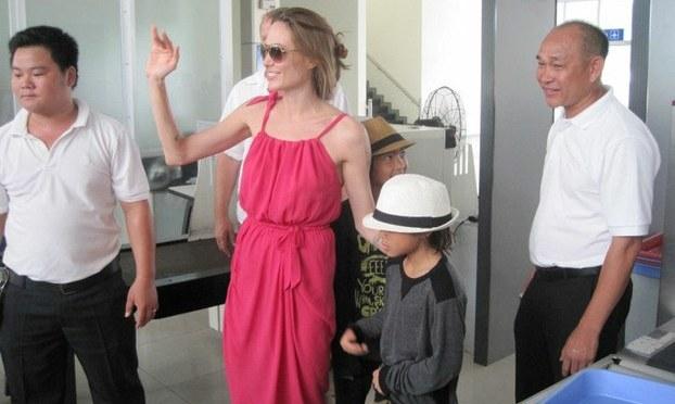 Việt – Mỹ nối lại chương trình nhận con nuôi