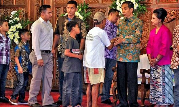 Dân chủ hóa ở Indonesia