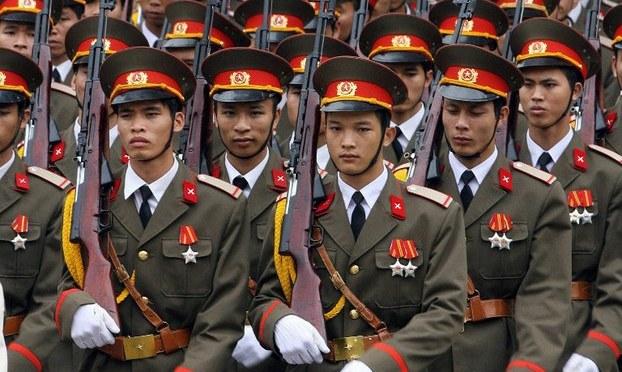 Lực lượng vũ trang cần trung thành với ai?