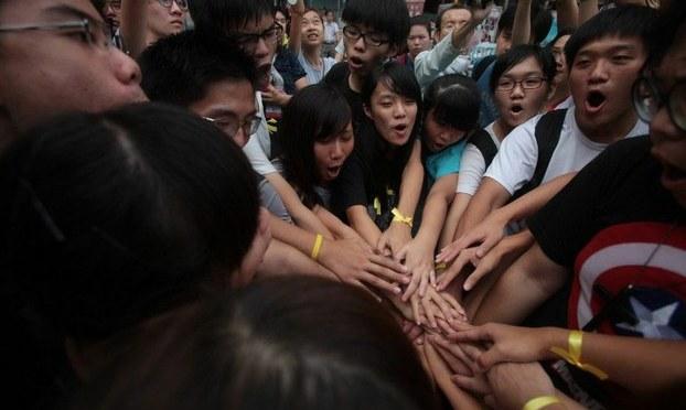 Từ Hong Kong nhìn qua sinh viên Việt Nam