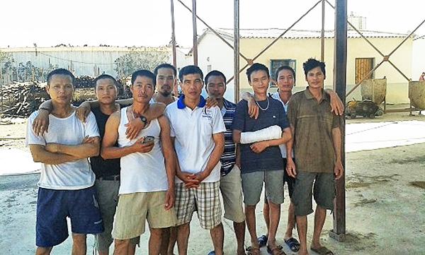 Công nhân Việt Nam ở Nigeria đình công đòi lương
