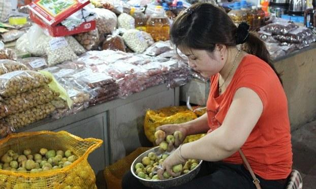 Trái cây Trung Quốc trên đất Việt