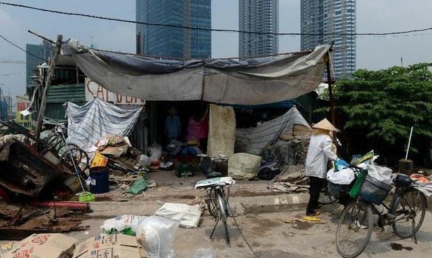 T.S Lê Đăng Doanh: Nợ công của VN tiến rất nhanh