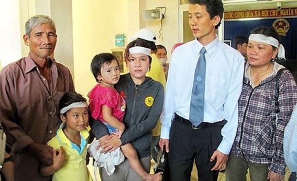 Hành nghề luật sư tại Việt Nam dưới cái bóng của đảng