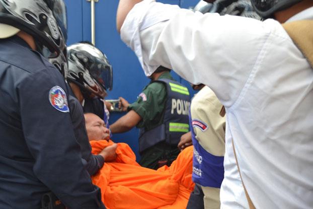 Các tổ chức nhân quyền đòi Campuchia thả nhà sư đốt cờ VN