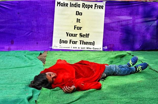 Phụ nữ và thảm nạn hiếp dâm ở Ấn Độ