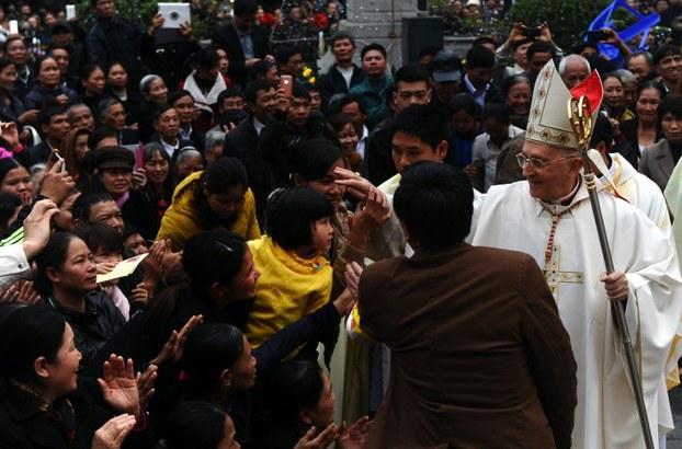 Đức Hồng Y Fernando Filoni thăm Việt Nam